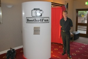 White Oval Photo Booth